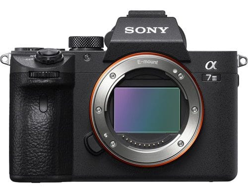 بهترین دوربین ها برای عکاسی عروسی , دوربین Sony a7 III