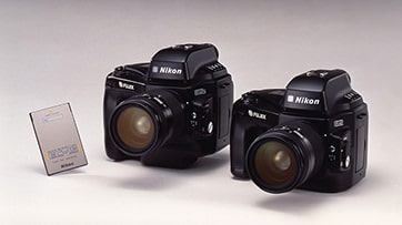 دوربین های عکاسی دیجیتال E2 و E2s شرکت نیکون