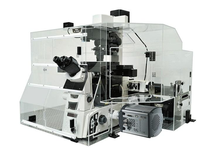 میکروسکوپ با وضوح فوق العاده N-SIM شرکت نیکون
