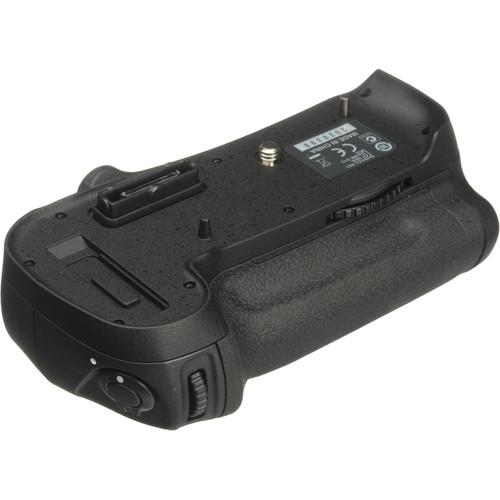 باتری گریپ نیکون Nikon MB-D12 Grip مشابه اصل