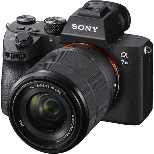 دوربین بدون آینه سونی آلفا Sony Alpha a7 III Mirrorless همراه لنز سونی FE 28-70mm f/3.5-5.6 OSS Lens